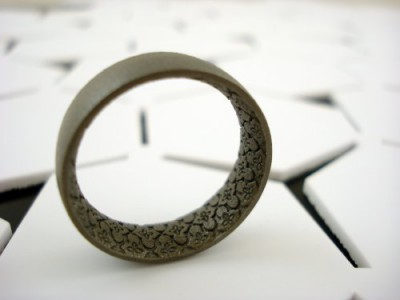 The titanium 3D printed Persian pattern Gaia 1 ring by Da Capo