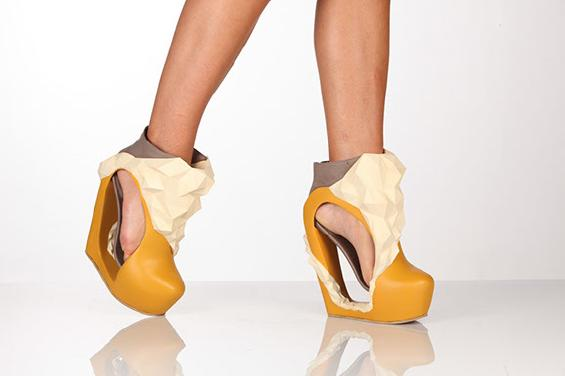 Experimental 3D Printing Shoes by Katrien Herdewyn