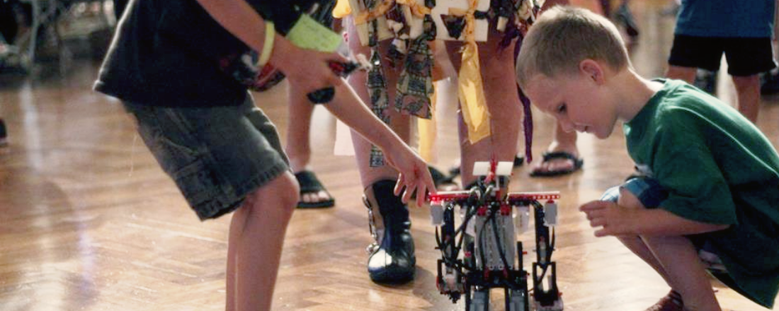 Time Machines, Cupcake Cars and Robot Ponies: Some of the cool things we saw at Detroit Maker Faire 2014