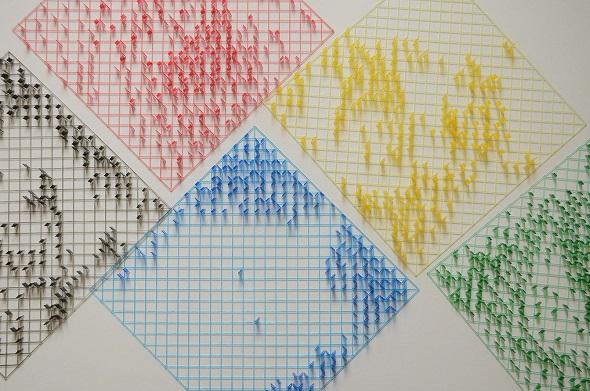 透明感が特徴の樹脂は、光造形法で3Dプリントされます。'Got M?' by Drzach & Suchy
