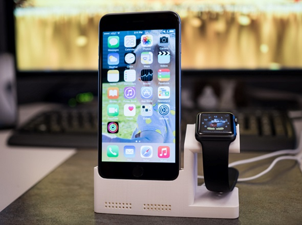 IPhone 6 + Apple Watch Charging Station by ScanSource3D