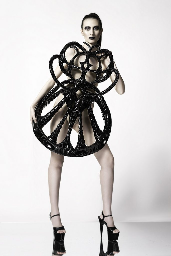 3d-printed-alien-dress