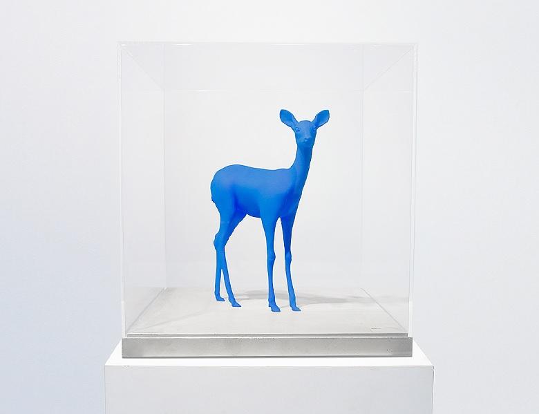 blue-3d-printed-deer