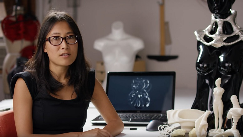 laura-thapthimkuna-3d-fashion-designer