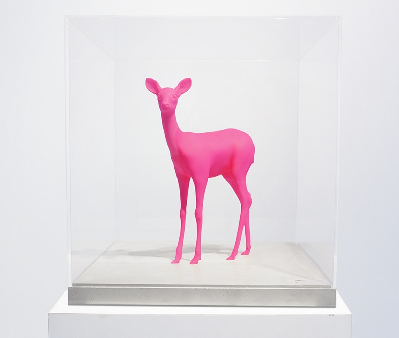 Pink 3D-printed deer in Mammoth Resin by Paco Raphael