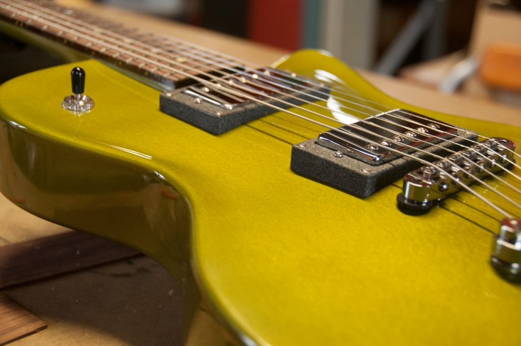 guitar_alumide