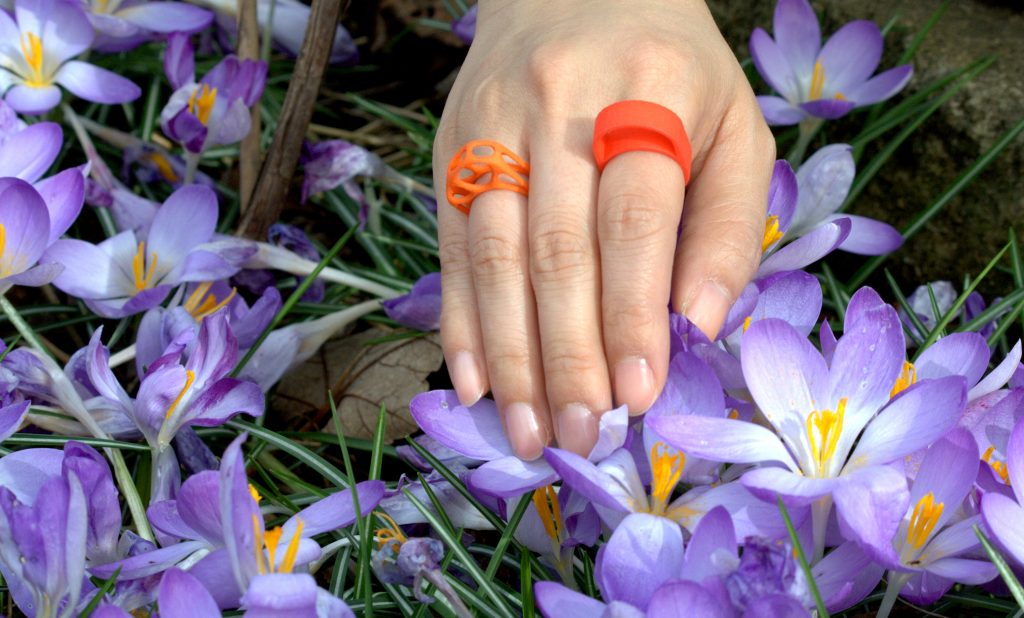 polyamide_dyed_rings