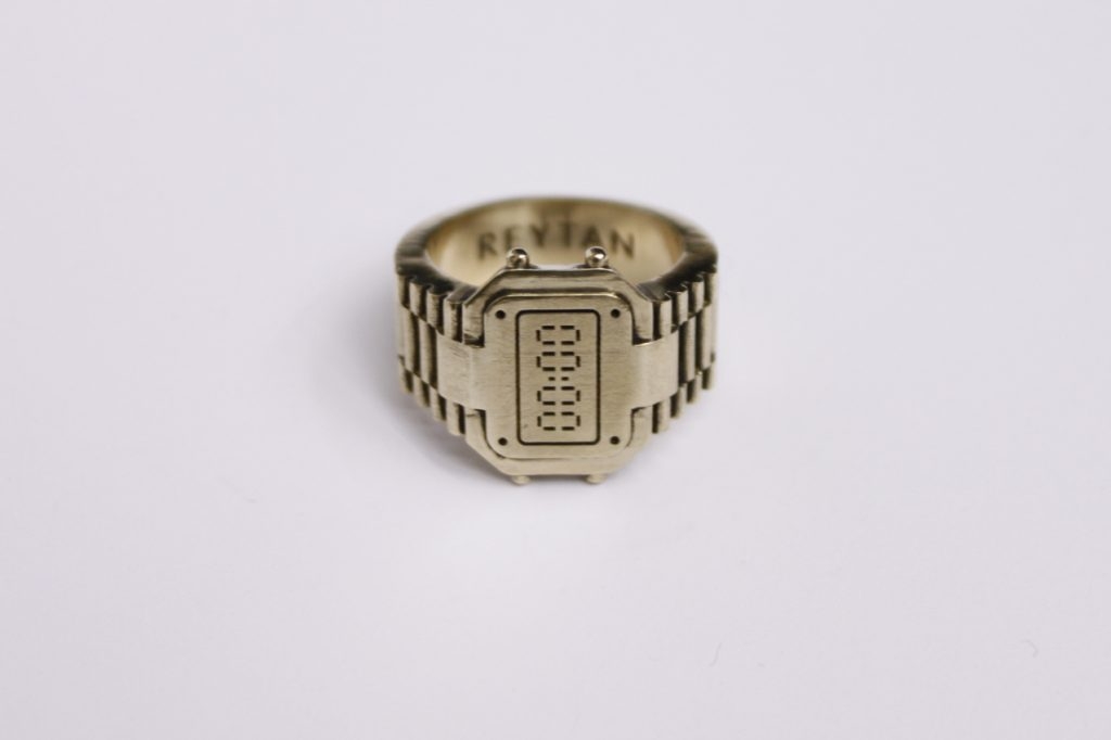 Rock'o'clock ring in brass