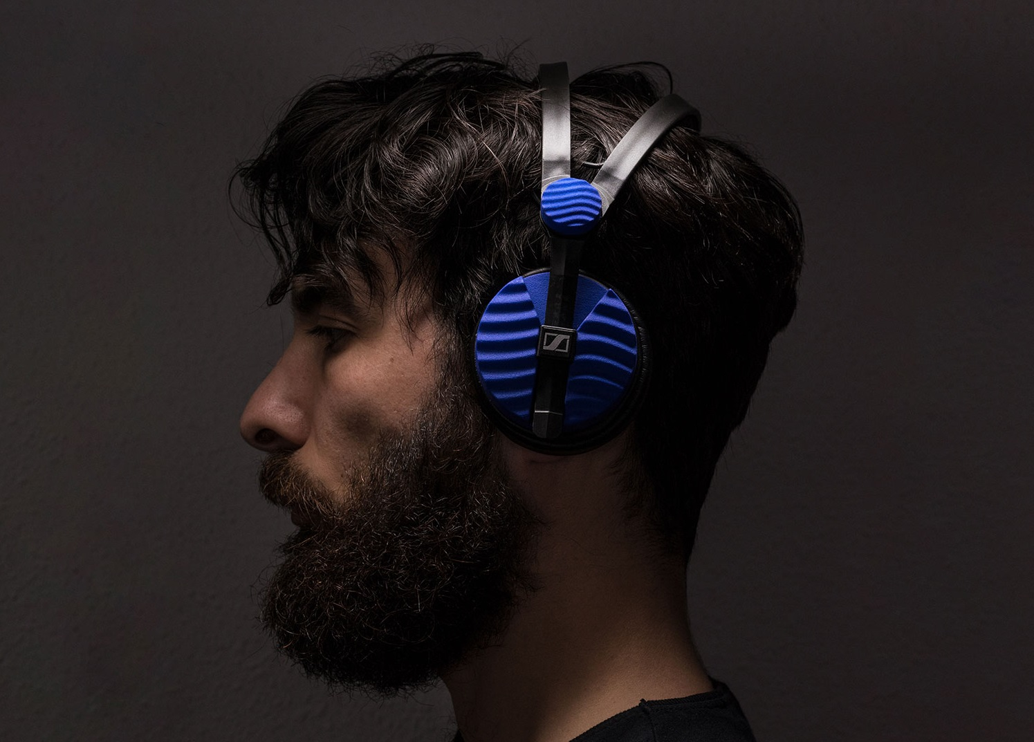 Going Loco With Customized Headphones