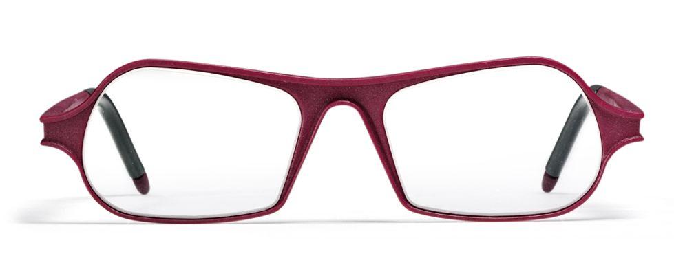 משקפיים אדומות המודפסות בתלת מימד.