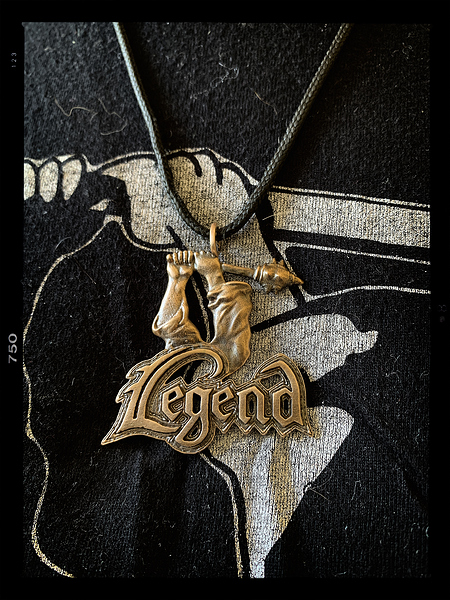 Legend_Pendant_Photo