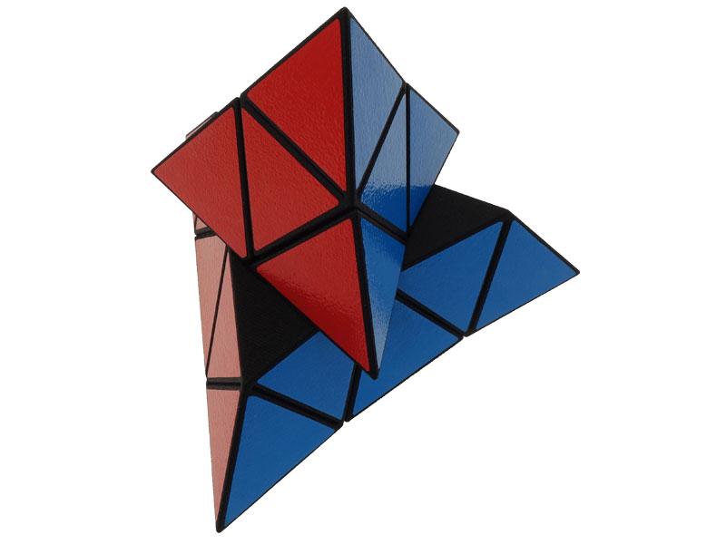Almost-a-Pyraminx---view-03